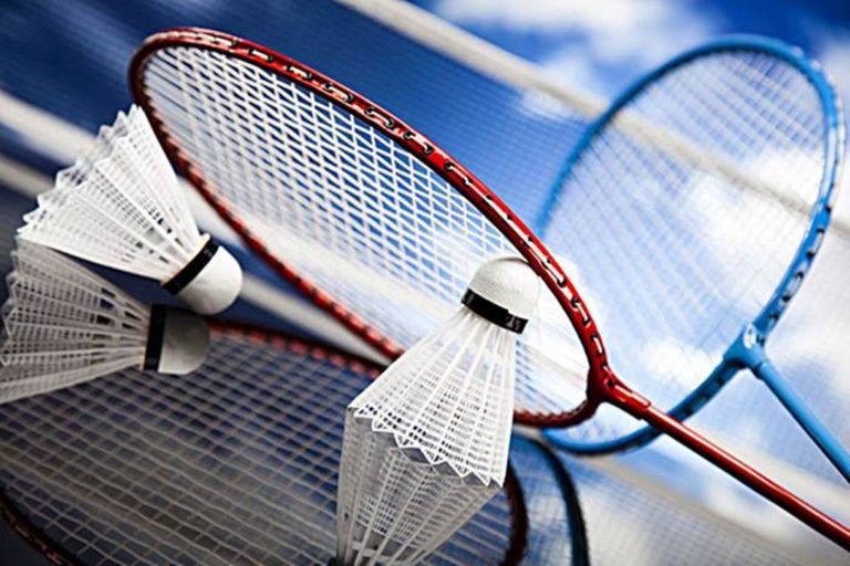 ganti raket badminton baru