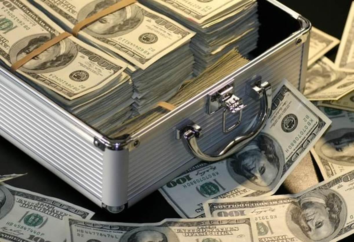 banyak uang
