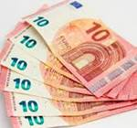 uang zodiak