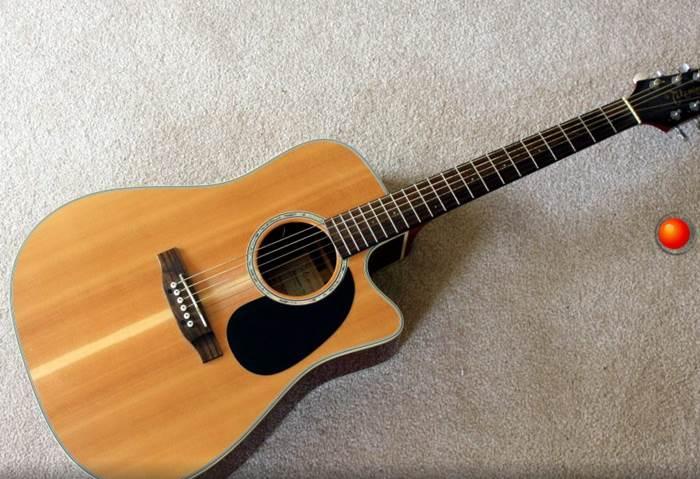 gitar senar baja