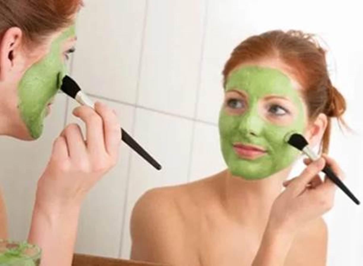 masker alami memutihkan wajah