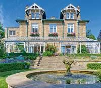 rumah klasik mewah