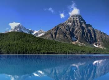 pemandangan indah gunung kanada