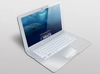 laptop bermain game