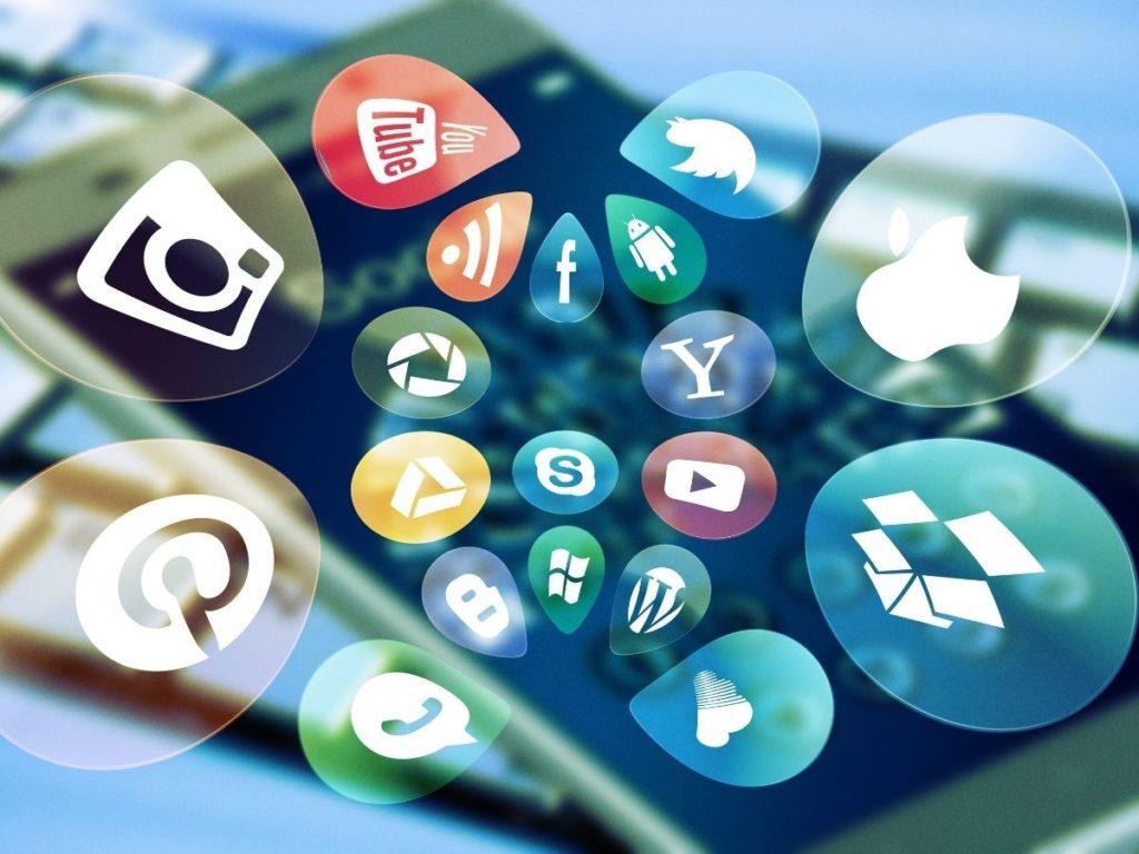media sosial bisnis